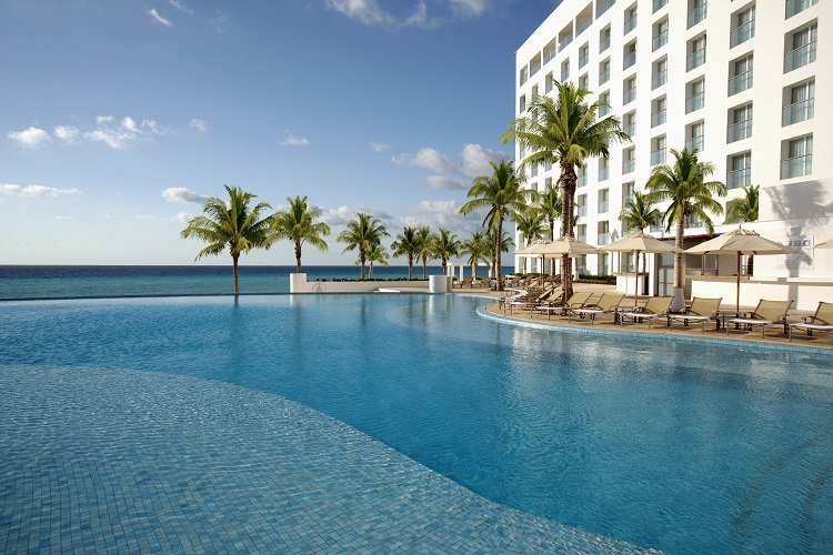 Featured Resort of the Week: Le Blanc Spa Resort