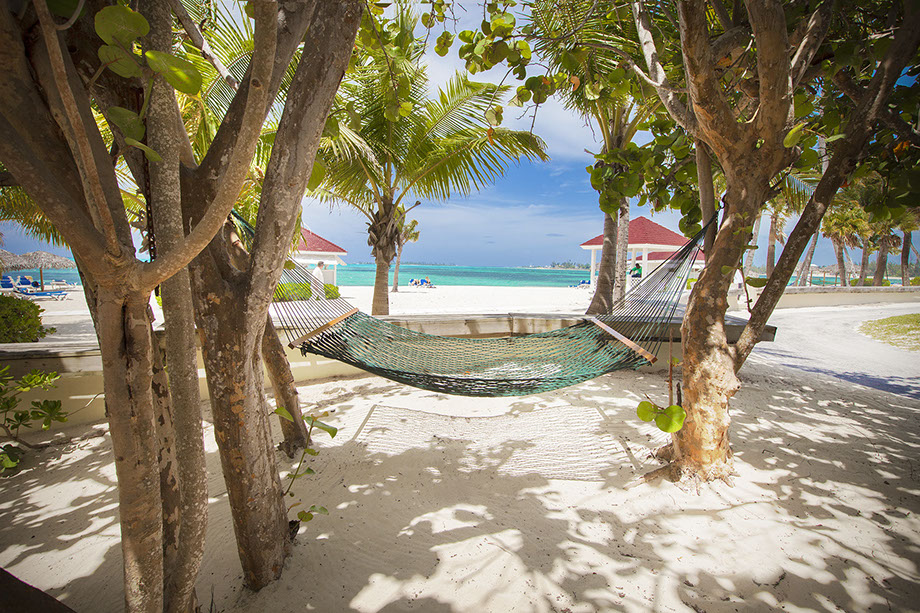 bzb_property_beach-hammock920x614 Experience the Breathtaking Landscapes and Captivating Culture of Nassau Bahamas