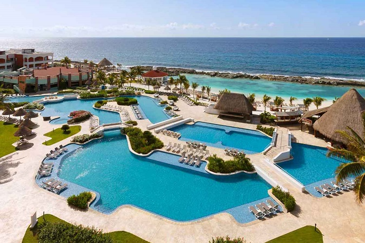 Featured Resort: Hard Rock Hotel Riviera Maya