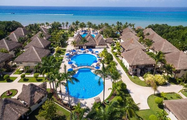 shutterstock_557555848 Cozumel: A Diver's Paradise