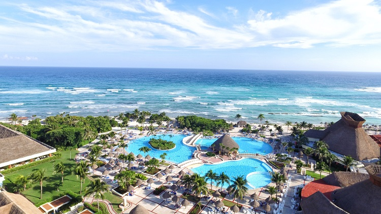 All inclusive vacations under $1,000 | Grand Bahia Principe Tulum