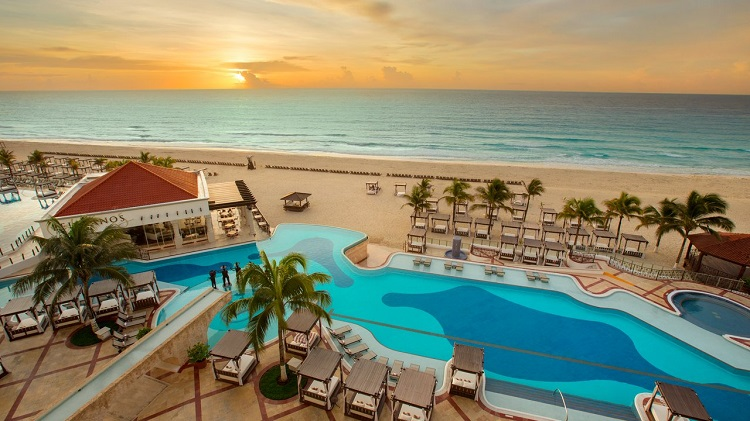 Hard-Rock-Hotel Best Places to Stay in Cancun, Mexico
