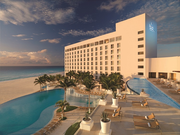 Palace Resorts in Cancun: Luxury All Inclusive Packages