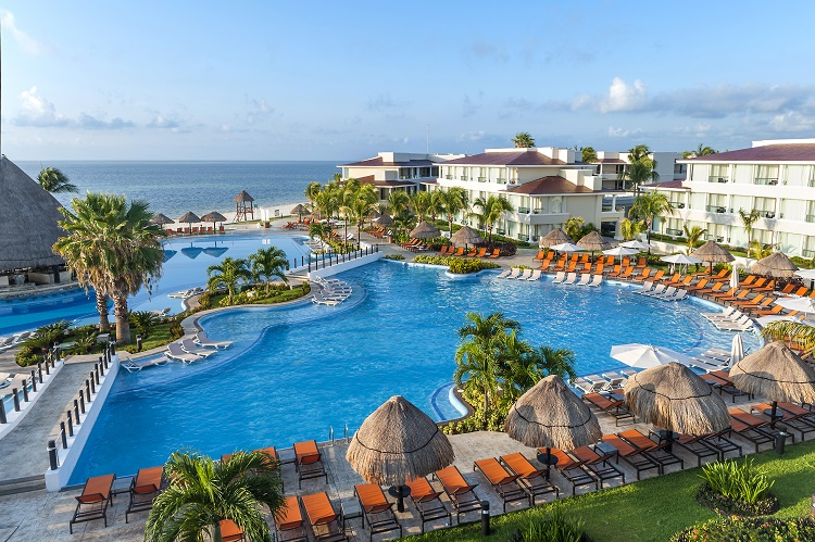 Dreams-Punta-Cana-Resort-Spa Cheap Vacation Spots for Your Next Getaway