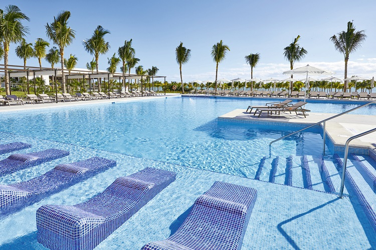 Riu-Palace-Costa-Mujeres Riu Palace Costa Mujeres All Inclusive Vacations