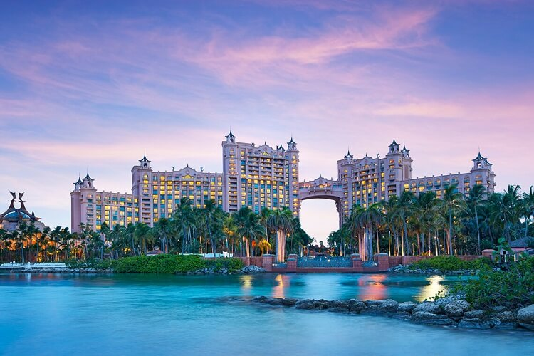 Best all inclusive casino resorts | The Royal at Atlantis