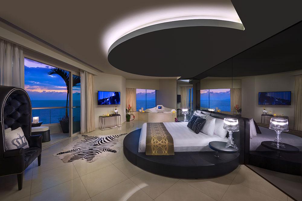 hard_rock_hotel_vallarta_nightpool-1 Featured Resort Spotlight: Hard Rock Hotel Vallarta