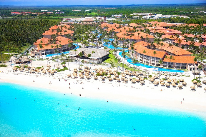 Top all inclusive resorts with beaches in the Caribbean | Majestic Elegance Punta Cana